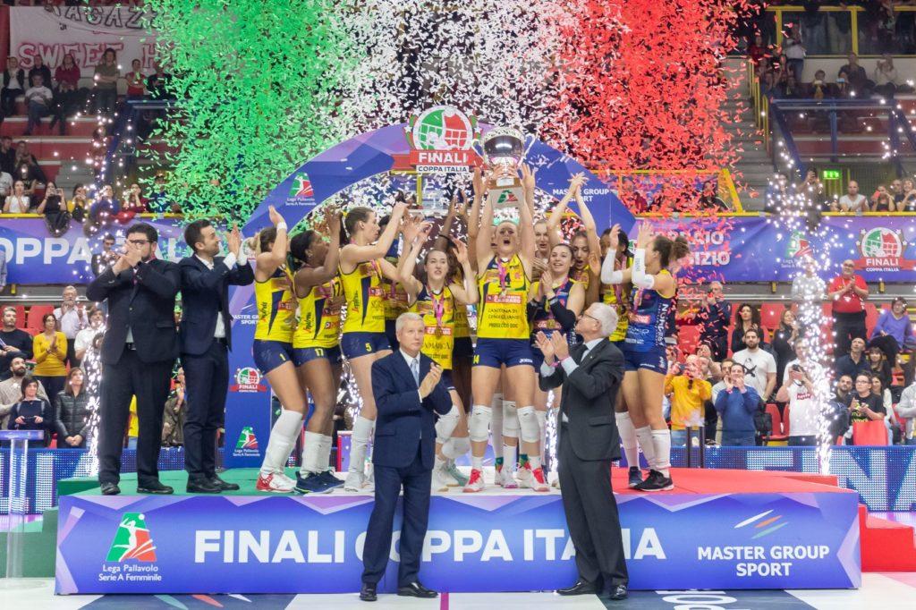 LA COPPA ITALIA E' DELLE PANTERE!! IMOCO-UNET 3-0, E' IL TERZO TROFEO STAGIONALE!!
